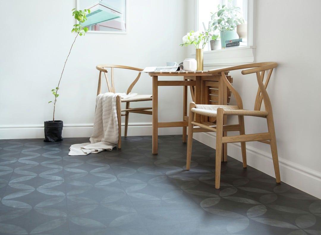 Tarkett-Iconik-Trend-240-Tile-Flower-Black-5827112-5828112-5829112-004-TK-03305_1080