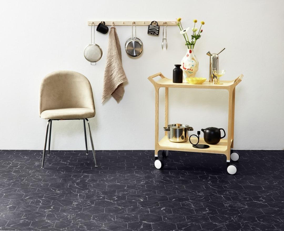 Tarkett-Iconik-Trend-Nero-Marquine-Hexagon-Grey-5827247-5828247-5829247-001-TK-03227_1080